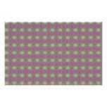 Púrpura con el papel Trippy verde del arte del mod Papeleria