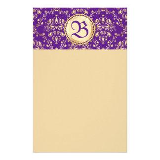 Púrpura con monograma del oro del damasco medieval papelería personalizada