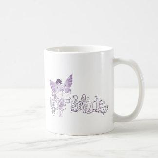 Púrpura de hadas del vestido blanco - la novia taza clásica