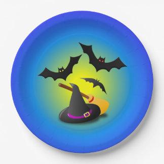 Púrpura de la escoba del gorra y azul del palo platos de papel