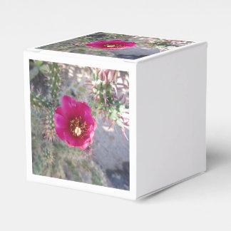 Púrpura de la flor de Cholla del bastón Caja Para Regalo De Boda