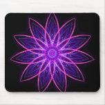 Púrpura de la flor del fractal - estrella floral d tapetes de ratones