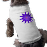 Púrpura de la floración camisetas mascota