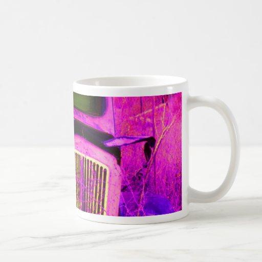 púrpura de la furgoneta taza básica blanca