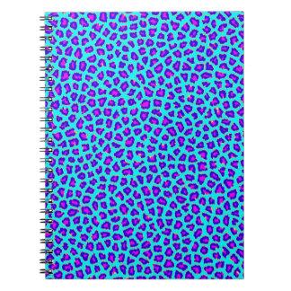Púrpura de la impresión del guepardo en azul cuadernos