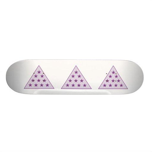 Púrpura de la pirámide de la sigma pi tablas de patinar