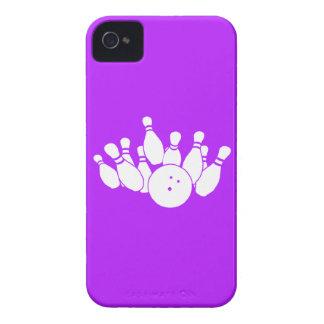 púrpura de la silueta del iPhone que rueda 4 Funda Para iPhone 4