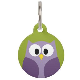 Púrpura del búho del dibujo animado y nombre identificador para mascotas