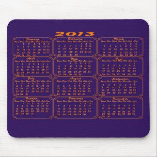 Púrpura del calendario 2013 mouse pads