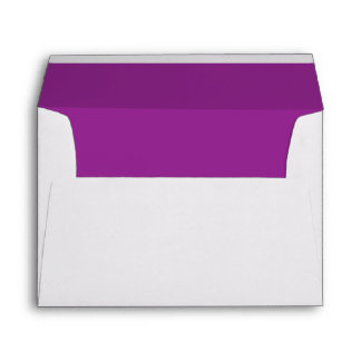 Púrpura del ciruelo sobre