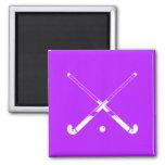 Púrpura del imán de la silueta del hockey hierba