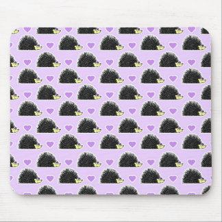Púrpura del modelo del corazón del erizo alfombrillas de ratón