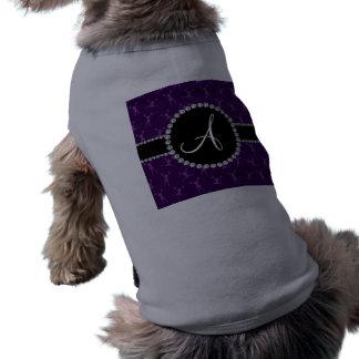 Púrpura del monograma que anima el círculo negro playera sin mangas para perro