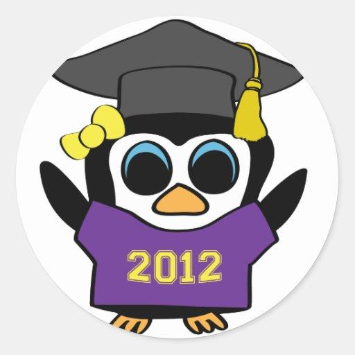 Púrpura del pingüino del chica y graduado 2012 del pegatina redonda