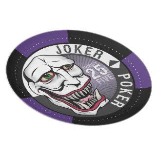 Púrpura del póker del comodín plato