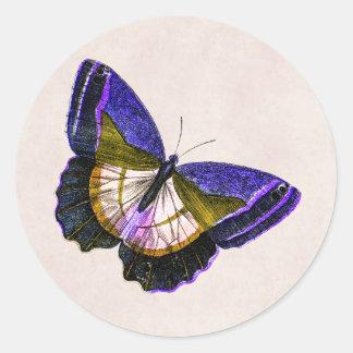 Púrpura del vintage y ejemplo de la mariposa del pegatina redonda