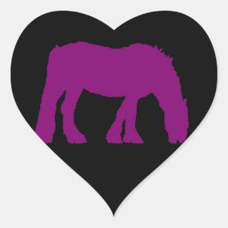 Púrpura en el pegatina negro de la silueta del