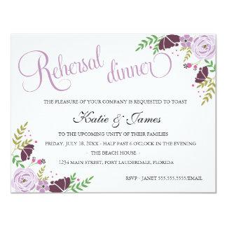 Púrpura floral de la invitación el | de la cena
