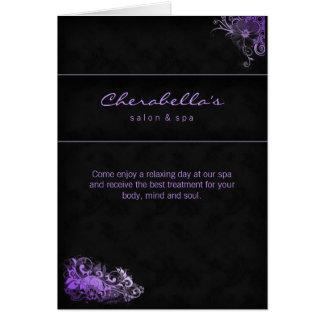 Púrpura floral de la tarjeta de felicitación del f