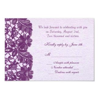 Púrpura floral RSVP del cordón del vintage Comunicados