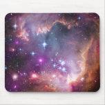 Púrpura galáctica del espacio exterior alfombrillas de raton