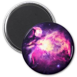 Púrpura Hauntingly hermosa de la nebulosa de Orión Imán Redondo 5 Cm