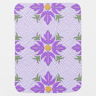 Púrpura hawaiana del edredón de la flor del estilo mantitas para bebé