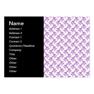 Púrpura linda del estampado de flores sobre blanco tarjetas de visita grandes