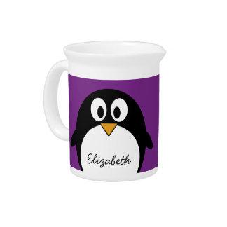 púrpura linda del pingüino del dibujo animado jarra de beber