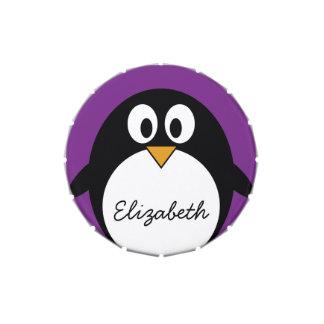 púrpura linda del pingüino del dibujo animado latas de dulces