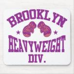 Púrpura pesada de la división de Brooklyn Tapetes De Ratones