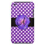 Púrpura púrpura del monograma de los lunares subió iPod touch Case-Mate coberturas