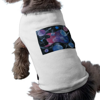 Púrpura rosada azul spacepainting izquierda de la  playera sin mangas para perro