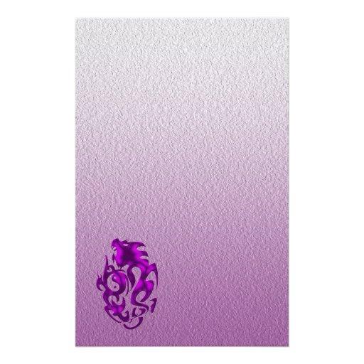 Púrpura torcida del dragón papelería