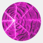 Púrpura vibrante etiquetas redondas