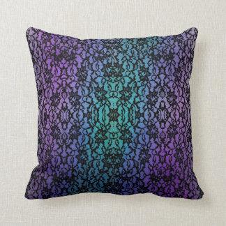 Púrpura y almohada gótica del cordón negro del tru
