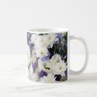 Púrpura y blancos taza de café
