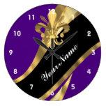 Púrpura y flor de lis del oro relojes