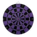 Púrpura y negro oscuros tablero de dardos