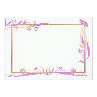 """Púrpura y ornamento floral del oro invitación 5"""" x 7"""""""