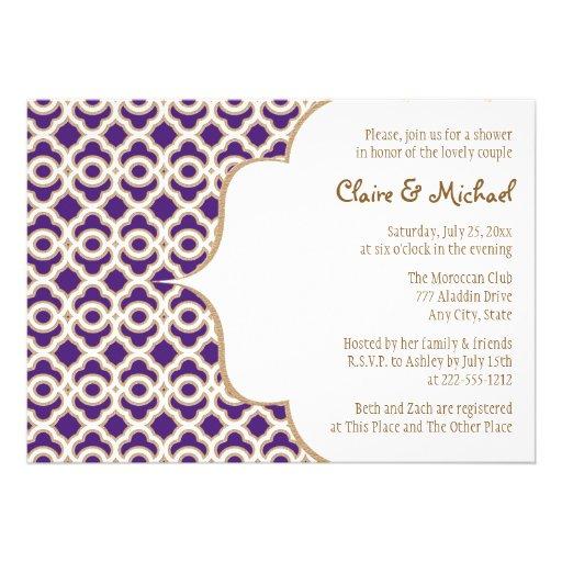 Púrpura y pares marroquíes del oro que casan la du invitacion personalizada