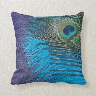Púrpura y pavo real del trullo cojín decorativo