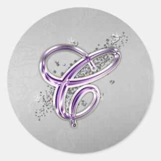 Púrpura y pegatina del monograma C del brillo de