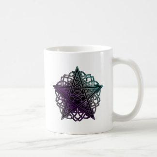 Púrpura y pentáculo complejo de la aguamarina taza