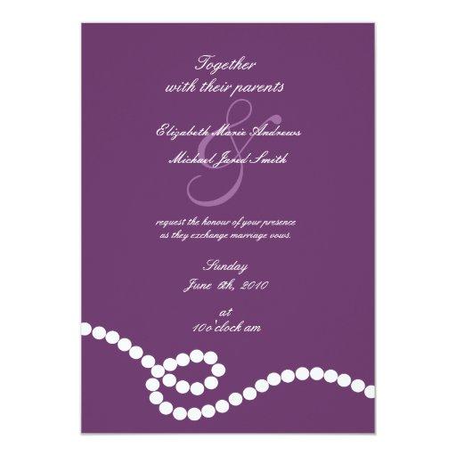 Púrpura y perlas que casan la invitación