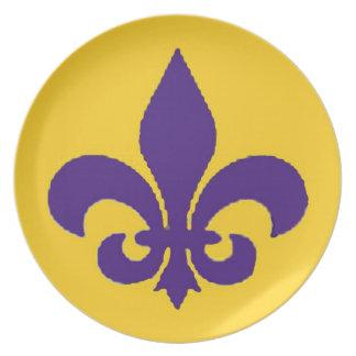 Púrpura y placa de la flor de lis de Luisiana del Plato
