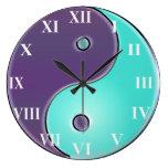 Púrpura y reloj de Yin-Yang de la aguamarina