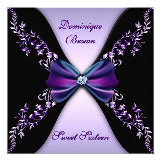 Púrpuras y negros elegantes invitan con el arco de