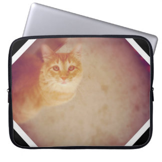 Purrrfectly beautiful laptop sleeve