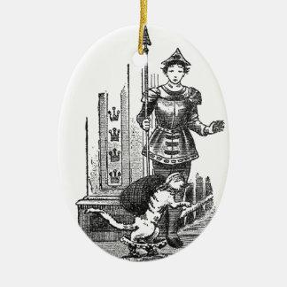 Puss en botas en el palacio adorno navideño ovalado de cerámica